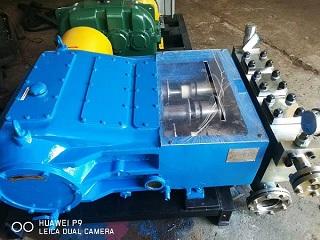 3DP130三柱塞高压泵